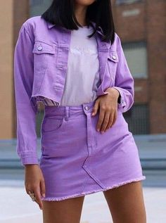 24 Purple Clothes For College Source by puyweldink Outfits for college Fashion 90s, Purple Fashion, College Fashion, Modest Fashion, Korean Fashion, Fashion Outfits, Fashion Trends, College Outfits, School Outfits