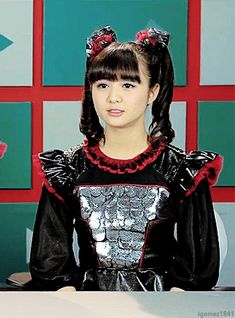 """MOAMETAL -""""Mhhm yeah great. Where's catering again?"""""""