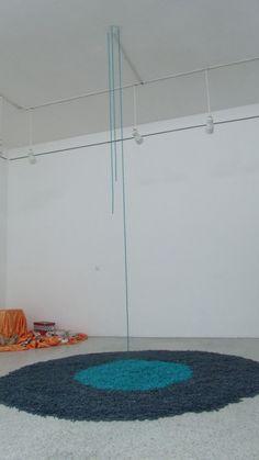Obra: 62 mil gotas Autor: Marielvia Moncada Técnica: Instalación Materiales: Lancetas Año: 2013