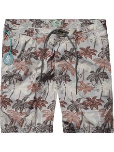 Bañador estampado | Ropa de baño | Ropa para hombre en Scotch & Soda All Fashion, Mens Fashion, Bermudas Shorts, Mens Swim Shorts, Beach Gear, Surf Wear, Boys Jeans, Man Swimming, Patterned Shorts