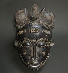 バウレマスク・コートジボワール<アフリカの仮面