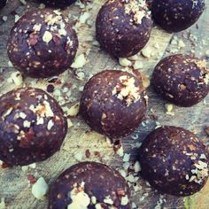 "Healthy ""Nutella"" Bliss Balls"