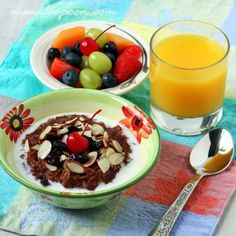 Manila Spoon: Cherry-Almond and Chocolate Oatmeal - what a good morning! #chocolateoatmeal