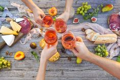 Did you know May 25 is National Wine Day? Once you clock out, though, I know the perfect way to celebrate. Whole Foods is having a rose wine sale and they're offering 20 percent… Easy Brunch Recipes, Healthy Recipes, Whole Food Recipes, Easy Recipes, Healthy Food, Mets Vins, Orange Wine, Red Wine, Wine Sale