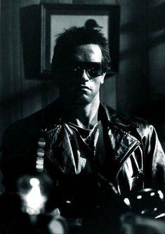The Terminator Arnold Schwarzenegger Terminator 1984, Terminator Movies, Kyle Reese, Mary Elizabeth Winstead, Gotham City, Blade Runner, John Wick, Arnold Movies, Die Addams Family