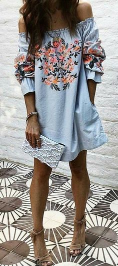 Blue Floral Off The Shoulder Dress + Brown Sandals 👌💯 Pale Blue Dresses, Boutique Fashion, Inspiration Mode, Looks Cool, Fashion Outfits, Womens Fashion, Dress To Impress, Spring Outfits, Casual Dresses
