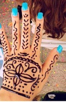 Mickey mouse henna tattoo tattoos pinterest hennas diy henna solutioingenieria Image collections