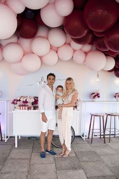 Get inspired by this luxe first birthday filled with balloons, and a romantic pink colour of soft pinks, maroons and peaches. Styled perfectly by Styled by Coco, so get ready to get envious!