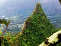 How to hike Mount Olomana - GrindTV. 770 Auloa Road, Kailua. Take the Pali thru the Kalanionaole Highway and look for the Luana Hills Country Club. Park outside of the club; the entrance to the hike is just a quarter mile. The first two peaks are mildly challenging so be prepared to deal with some dropoffs and climbing up rocks. The first peak offers the highest views, third peak is most challenging. The hike offers unforgettable views of the city. Bring snacks and water for a picnic.