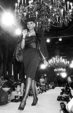 Always… Très Elegante: Mounia Black Girl Magic, Black Girls, Gabrielle Bonheur Chanel, Rock Style, Well Dressed, Black History, Pageant, Vintage Black, Yves Saint Laurent