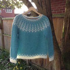 Best 12 Ravelry: Vintersol pattern by Jennifer Steingass Fair Isle Knitting Patterns, Sweater Knitting Patterns, Knitting Designs, Knitting Yarn, Filet Crochet, Knit Crochet, Icelandic Sweaters, Sweater Fashion, Sweaters For Women