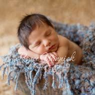 fringed baby blanket - great idea, easy free pattern!