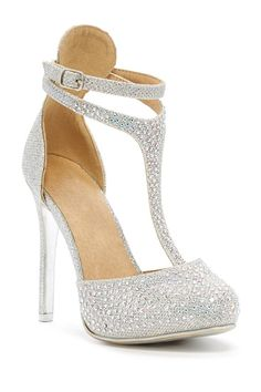 LOve these for my wedding shoes!!  Chase & Chloe | Hailey Heel