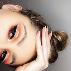 Orange and gold glitter cut crease with winged liner! I used morphe 35o palette to create this look! Follow my Instagram @sophielatta1
