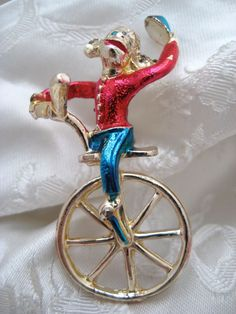 Unusual Vintage 1950s CIRCUS Monkey on Unicycle Brooch Kitsch Novelty #Unbranded