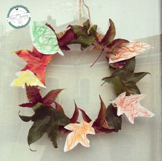 Ghirlande autunnali | MiniFactoryGhirlande autunnali | MiniFactory Tutorial per diy & craft per realizzare ghirlande da appendere alla porta! Impronta mani o foglie! hand print and leaves Wreath Autumn fall activity, project for kids and toddlers