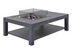 De Libre vuurtafel bestaat uit een vuurhaard en tafel met inleg in de kleur lava. Deze vuurtafel is gemaakt van roestvrij en duurzaam aluminium en is voorzien van een glazen ombouw. De vuurhaard werkt op gas en geeft hierdoor geen afval. Door de lavastenen en houtblokken heeft het geheel een chique uitstraling. De hoogte van de vlammen is verstelbaar, hierdoor kunt u zelf de warmte en sfeer creëren die u wenst. Lava, Pool Houses, Dream Garden, Lounge, Table, Furniture, Home Decor, Products, Airport Lounge