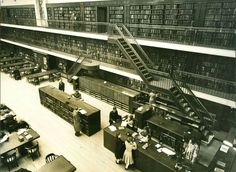 The Main Reading Room of the  State Library of NSW (year unknown).   🌹