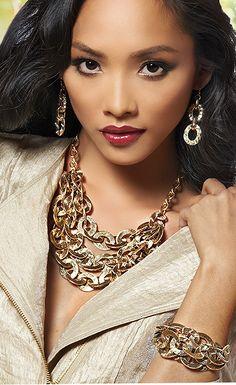 """OH SO GLAM Pierced Earrings 7.5""""-9"""" Bracelet 18""""-20"""" Necklace"""
