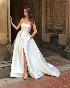 Browse the newest collection of bridal gowns by Monique Lhuillier. Shop Bridal dresses and bridal shoes. Wedding Dress Shopping, Dream Wedding Dresses, Bridal Dresses, Satin Wedding Dresses, Gown Wedding, Petite Wedding Dresses, Reception Gown For Bride, Modern Wedding Dresses, Christian Wedding Dress