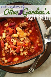Olive Garden Pasta E Fagioli1 200x300 Olive Garden's Pasta E Fagioli Soup Crockpot