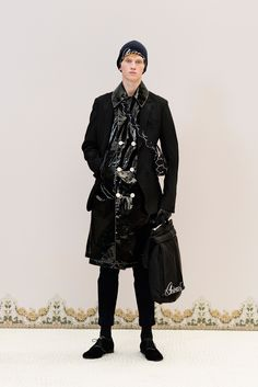 Undercover Fall 2016 Menswear Fashion Show