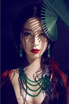 : A wearable Geisha inspired Oriental makeup look, complete with a gorgeous Jade necklace. How beautiful is the model? *Disclaimer - I do not own this photo. Geisha Tattoos, Asian Woman, Asian Girl, Asian Ladies, Poses, Portrait Photography, Fashion Photography, Beautiful People, Beautiful Women