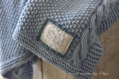 hand made by Olga: Kocyk dziergany dla maluszka w kolorze blue jeans