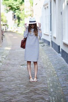 Striped dress, sandals, panama hat