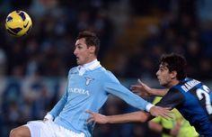 FOOTBALL -  Italie: la Lazio de Klose fait tomber l'Inter - http://lefootball.fr/italie-la-lazio-de-klose-fait-tomber-linter/