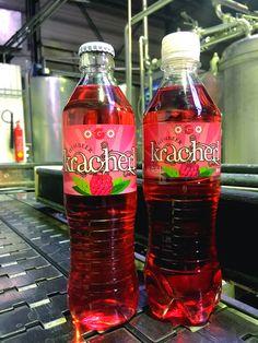 Pet-Flasche Glas-Flasche Himbeer Kracherl Himbeerkracherl Water Bottle, Drinks, Food, Raspberries, Flasks, Corning Glass, Drinking, Beverages, Essen