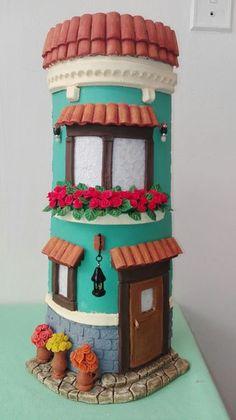 Balcón y ventana preciosa - Sunflower House, Clay Roof Tiles, Ceramic Glaze Recipes, Doll House Crafts, Clay Fairies, Clay Houses, Christmas Villages, Bottle Painting, Clay Creations