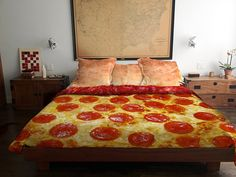 Re-pin! I need this! He will be sooooo turned on!! I wonder if he digs pizza as much as i do!! Hahaha. //This Pizza Bed Set Has Crust Pillow Cases, Tomato Sauce Sheets and a Pepperoni Comforter | July 10, 2014 | 6:20 pm | By: Erica Schecter