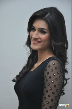 Kriti Sanon is a model turned actress. She has been working in various ads and will soon be seen in Sajid Nadiadwala's upcoming film Heropanti alongwith Jackie Shroff's son, Tiger Shroff. Indian Bollywood Actress, Indian Actress Hot Pics, Bollywood Girls, Beautiful Bollywood Actress, South Indian Actress, Bollywood Celebrities, Bollywood Fashion, Beautiful Actresses, Beautiful Girl Indian