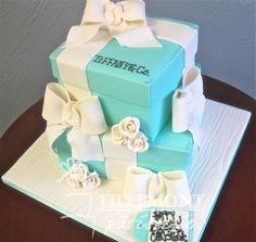 Tiffany and Co Birthday Dream cake!!!