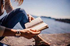 10 Best Self-Improvement Books To Read Ya Books, Good Books, Books To Read, Reading Books, Girl Reading, Reading Time, Speed Reading, Reading Quotes, Coaching