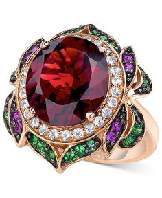 le vian raspberry garnet ring - couldn't decide between fashion or gifts but i do know it is absolutely lust-worthy!