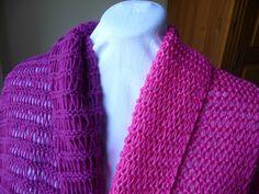 Ce modèle de boléro transformable en tour de cou - La Malle aux Mille Mailles Pulls, Crochet, Woman, Fashion, Bolero Pattern, Tuto Tricot, Crochet Hooks, Moda, Fashion Styles