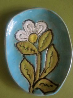 Daisy Flower Soap Dish or Spoon Rest by ShoeHouseStudio on Etsy, $12.00