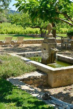 Fontaine provencale