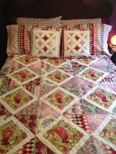 Andrea Michnuk's quilt made using Parisville fabric by Tula Pink