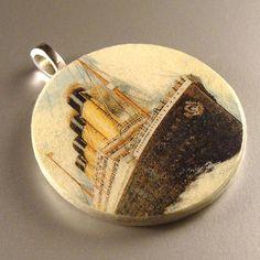ocean liner pendant