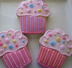 three cupcake cookies