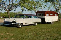 1960 Aero 14 foot canned ham vintage camper trailer