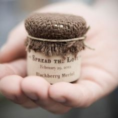 7 Wedding Favor Mistakes You Don't Know You're Making. (by sweet caroline jams)