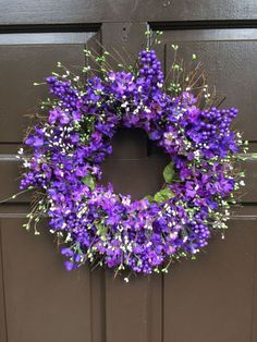 Spring/Easter Lilac Twig Wreath,Green & White Pip Berries, Lilac Spring Wreath, Easter Wreath, Wreath S123 - 1 Understated elegance at its best - A very elegant classy 18 in twig wreath with lots of lavender lilacs ( 2 shades) , green and white pip berries and pale purple berries.