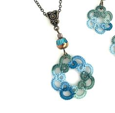 ce1fb39db1d6 Collar cordón en características verdes azul turquesa hecho a mano encaje  de algodón 100% acentuado