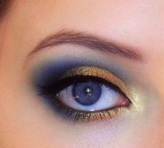 Gold and blue smokey eye for blue eyes. For green eyes, maybe use brown or plum instead of blue