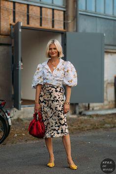 Copenhagen FW SS 2019 Street Style: Pandora Sykes - Fashion Trends for Girls and Teens Foto Fashion, Trendy Fashion, Womens Fashion, Fashion Trends, Street Fashion, Fashion Fall, Street Style Chic, Street Style Women, Mode Chic