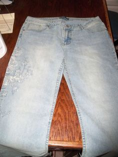 Venus Embellished Embroidered Blue Jeans Size 12 / Inseam 32 - New #Venus #StraightLeg